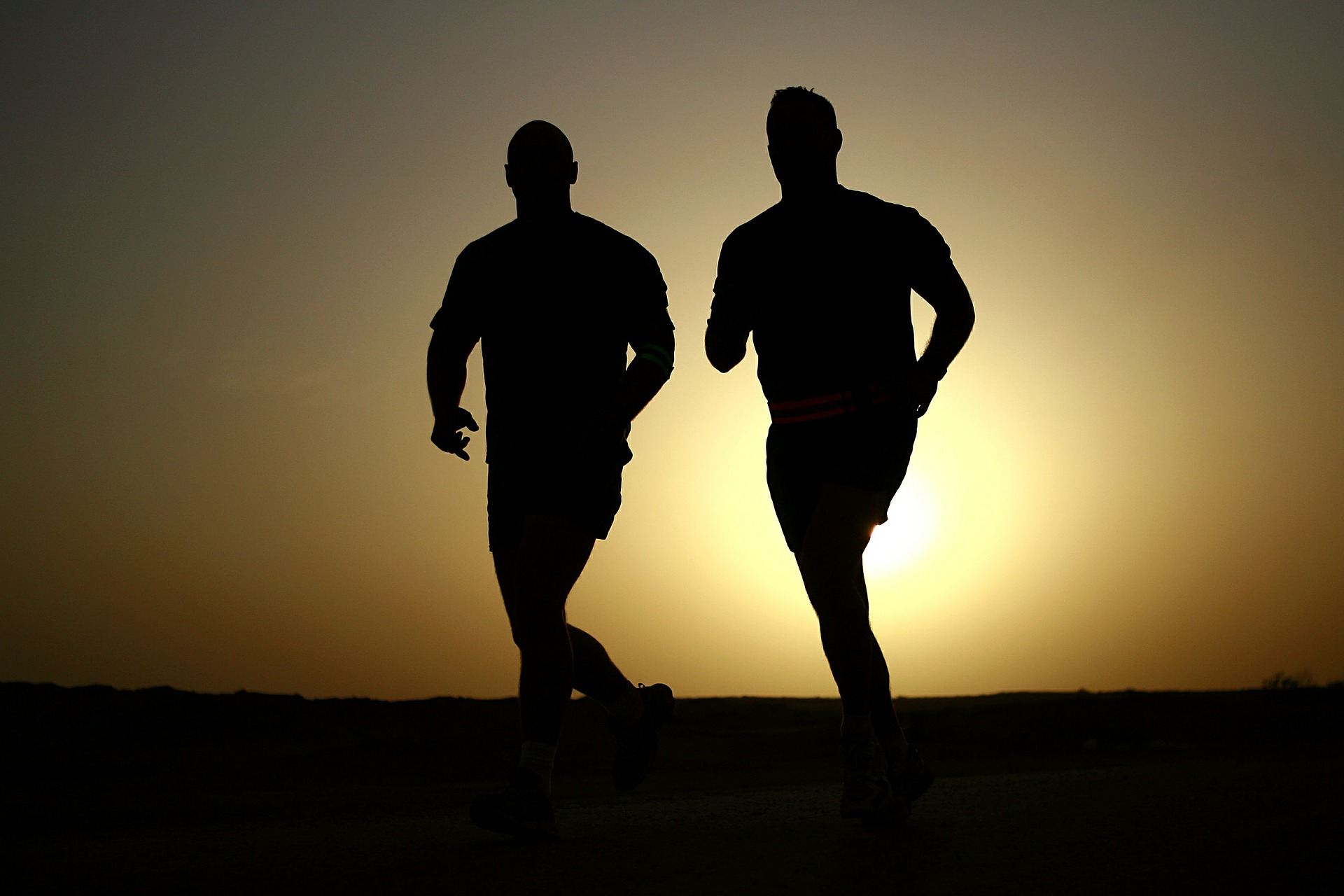 runners-635906_1920.jpg